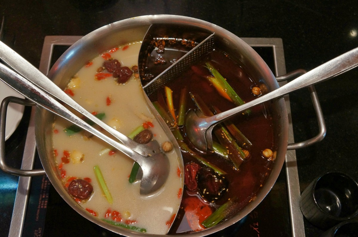 Taipei City - 老四川 Old Sichuan (spicy) Hot Pot [ChangAn Branch]